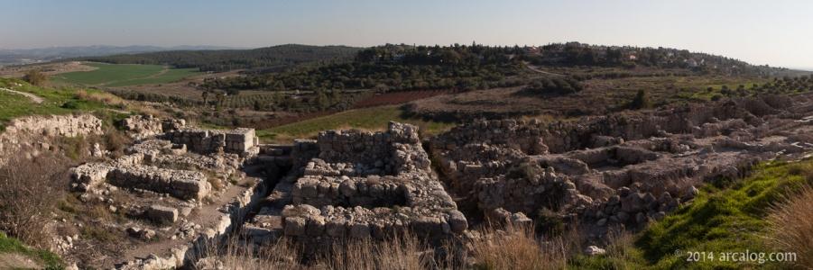 Iron Age Gate - Gezer