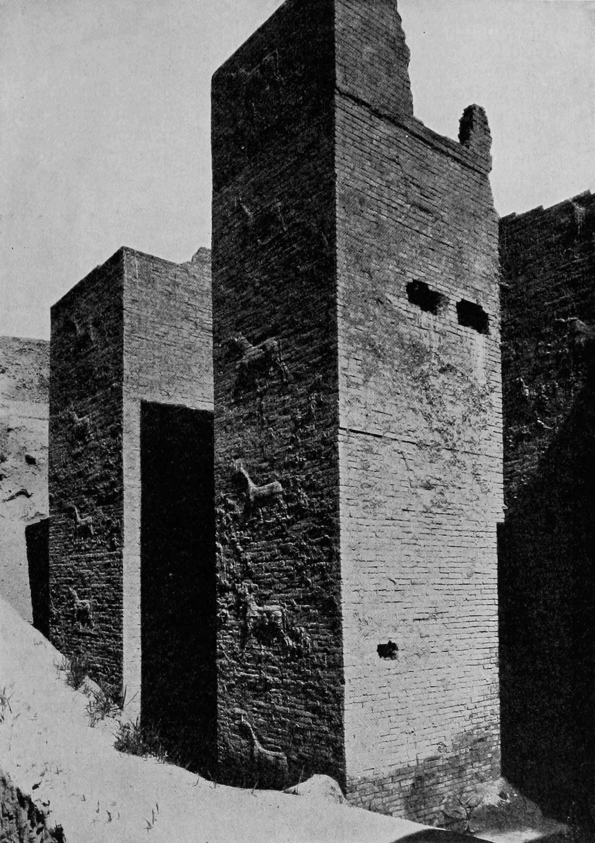 Gate towers of Ishtar Gate
